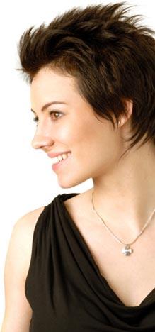 testimonials-jewelry-model